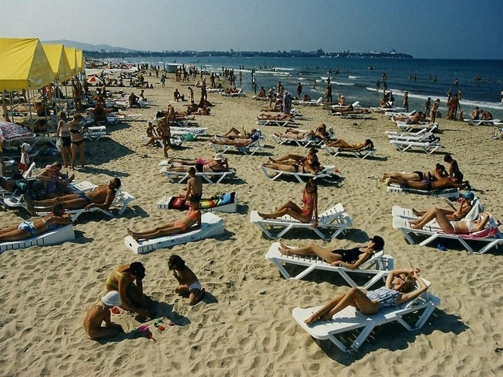 Пионеры нагишом на пляже фото 213-120