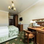 забронировать комнату отель на берегу моря 5 звезд Довиль отдых дорого в Анапе