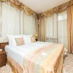 бронировать номер онлайн отель на берегу моря 5 звезд Довиль отдых дорого в Анапе