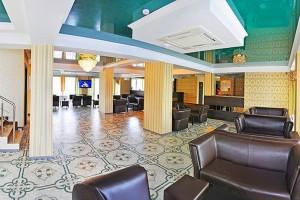отдых на море недорого отель Релакс в Витязево с бассейном отдых у моря