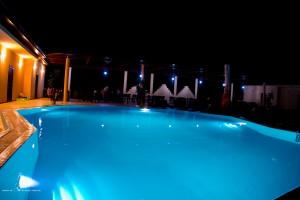 ночной отдых пляжный отель Белый песок в Джемете недорого