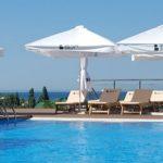 Бетон Брют отдых в Анапе в стиле лофт открытый бассейн вид