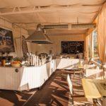 отдых все включено в Геленджике отель Биарриц с баром на пляже