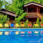 гостиничный комплекс Виктория с бассейном отдых на море проживание и питание